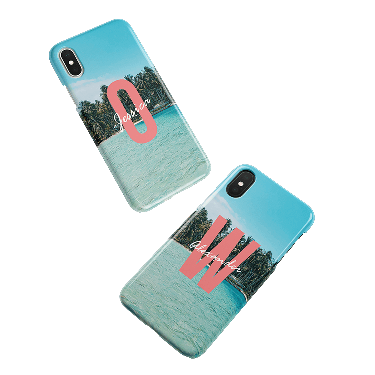 Put your monogram on a iPhone 11 case